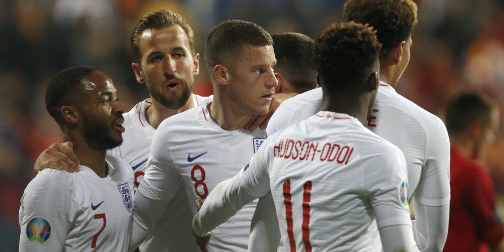 UEFA menyelidiki perilaku rasis penggemar Montenegro dalam duel dengan Inggris