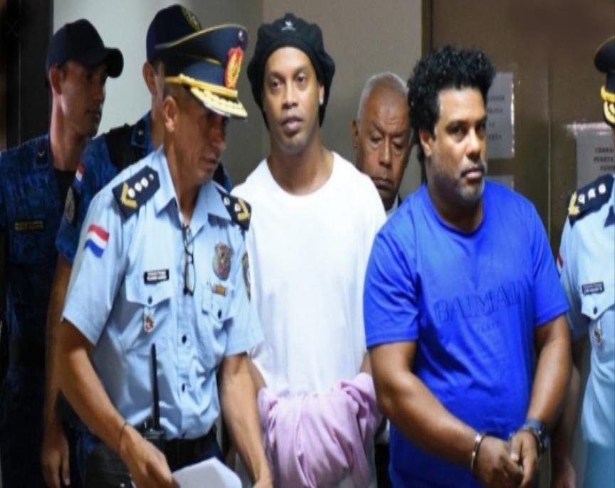 Tersebar Foto Ronaldinho di Penjara Paraguay
