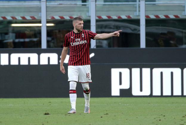 AC Milan Lawan AS Roma, Gol Di Babak Kedua Membuat Rossoneri Klaim Kemenangan